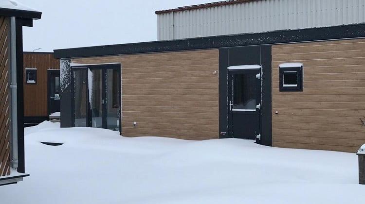 Ons showterrein in de sneeuw! Bel ons voor een videocall…
